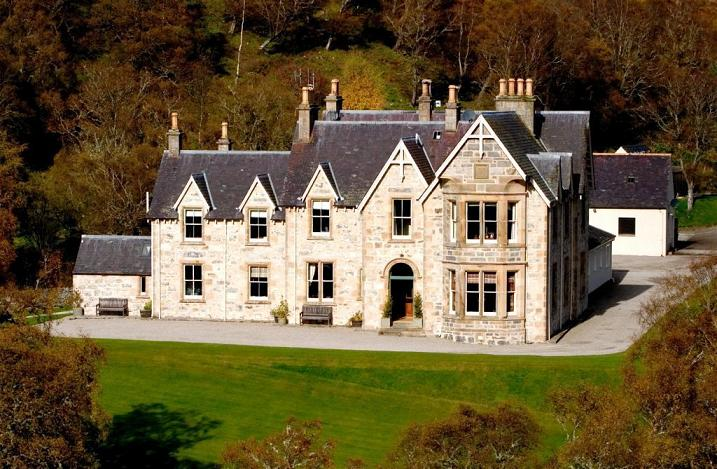 Luxury Alladale Hotel In Scotland